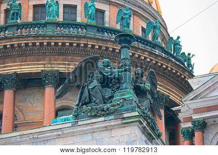 SAINT PETERSBURG, RUSSIA - FEB 26, 2016: Angels statues on facade of  Saint Isaac's Cathedral.