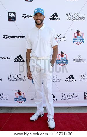 Stephen Bishop arrives at the inaugural Stephen Bishop celebrity golf invitational benefiting R.A.K.E. on Feb. 15, 2016 at Calabasas Country Club in Calabasas, CA.