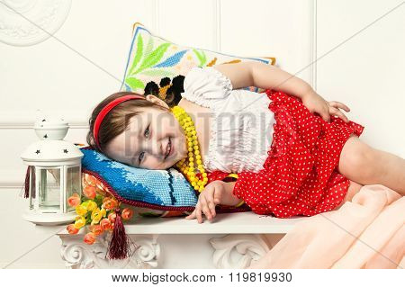 Child lying on the pillow