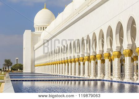 background cityscape of white mosque in Abu Dhabi
