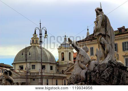 Sculpture -  Piazza del Popolo, Rome, Italy