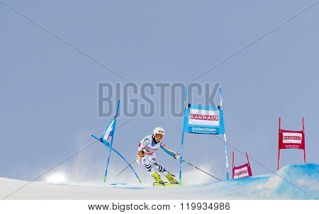 Maren Wiesler Skiing At A Slalom Event