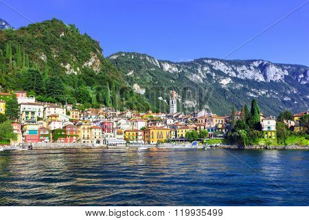 beautiful  Lago di Como - pictorial Vvarenna vilage