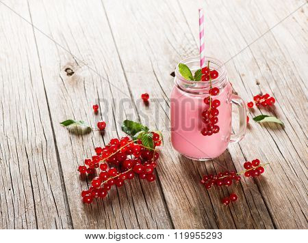 Smoothie Of Redcurrant