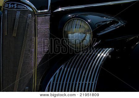 Classic headlight and grill