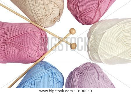 Yarn Skeins & Needles