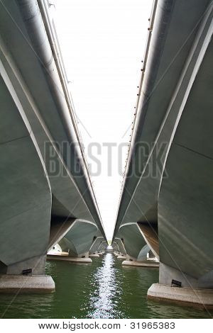 Double concrete bridge