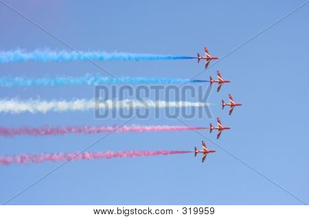 Formation Flight Red Arrows