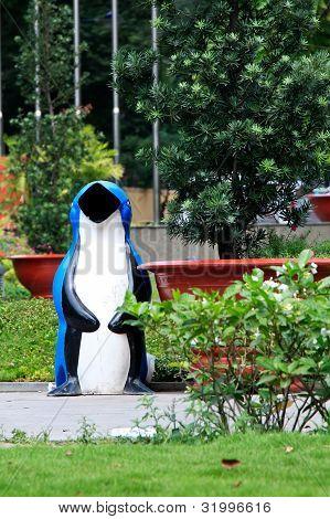 Pinguin Bin