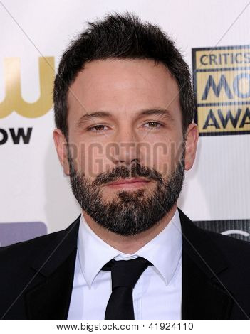LOS ANGELES - JAN 10:  Ben Affleck arrives to the