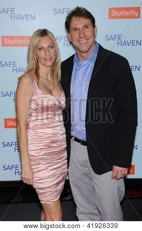 LOS ANGELES - FEB 05:  Nicholas Sparks & wife Cathy arrives to the 'Safe Haven' Hollywood Premiere  on February 05, 2013 in Hollywood, CA