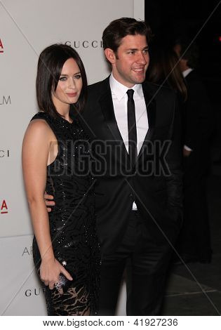 LOS ANGELES - NOV 5:  EMILY BLUNT & JOHN KRASINSKI arriving to LACMA hosts Art + Film Gala 2011  on November 5, 2011 in Los Angeles, CA