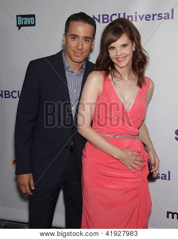 LOS ANGELES - AUG 02:  KIRK ACEVEDO & KIERSTEN WARREN arriving to Summer 2011 TCA Party - NBC  on August 02, 2011 in Beverly Hills, CA