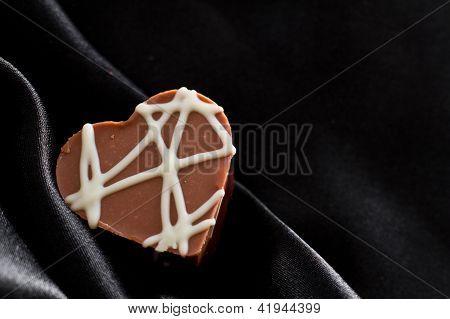 Hazelnut Chocolate With Toffee Bits