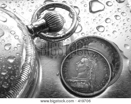 Watch und Silber-Münze