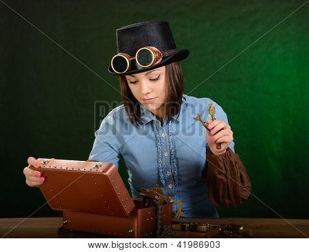 Steam Punk Girl-mechanic