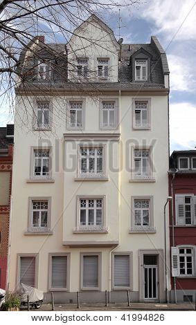 House In The Old Town Of Wiesbaden