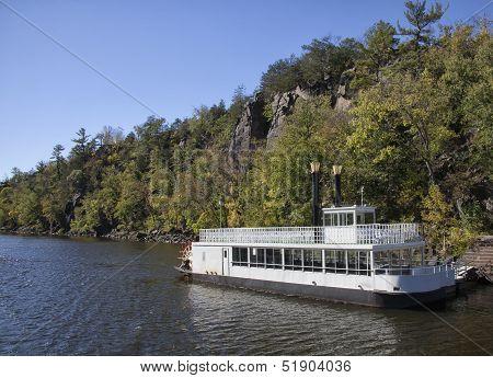 Paddleboat
