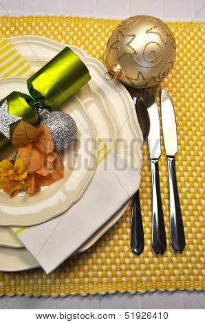 Yellow Christmas Holiday Table Setting With Plates, Cutlery, Baubles, Christmas Cracker Bon Bons Dec