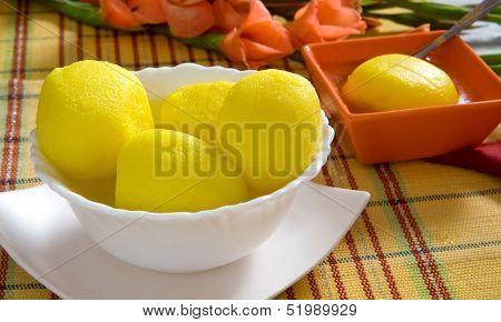 Juicy Pineapple Rusgulla