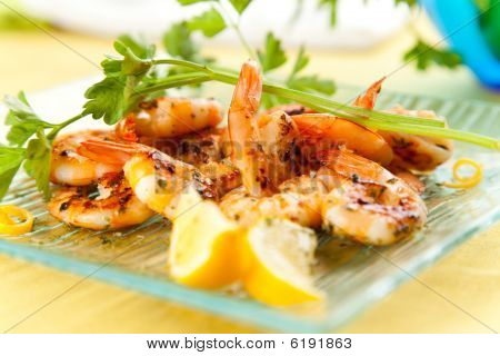 Tasty Grilled Prawn Salad