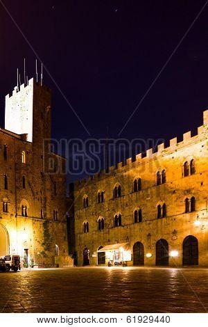 Volterra Tuscany, Piazza Dei Priori By Night