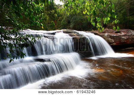 Penpob Waterfall, Phukradung National Park