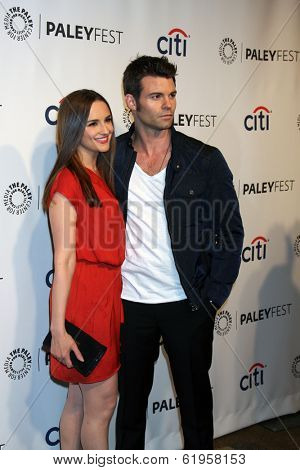 LOS ANGELES - MAR 22:  Rachael Leigh Cook, Daniel Gilles at the PaleyFEST 2014 -