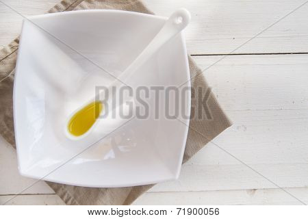 Small Containers With Extra Virgin Olive Oil