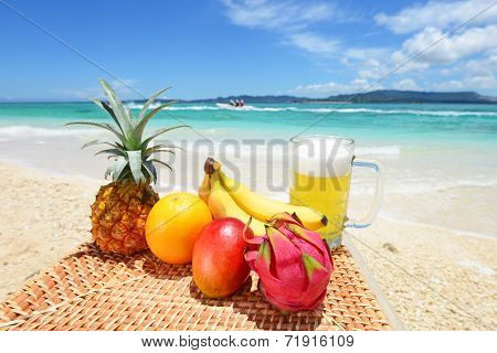 Tropical fruits with beer