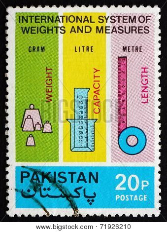 Postage Stamp Pakistan 1974 Metric Measures