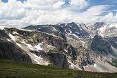 foto of beartooth  - View of Beartooth Pass from the Beartooth Highway - JPG
