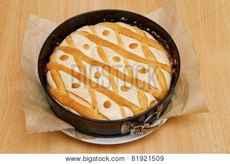 Domestic Pie