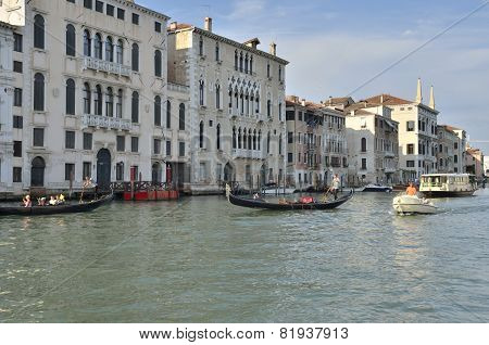 Venetian Transport