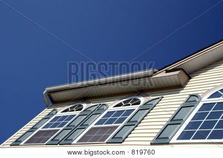 House Angle - Text