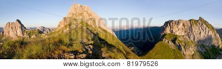 Karnische Alpen Or Alpi Carniche
