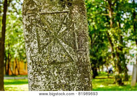 Maltese Cross On Headstone