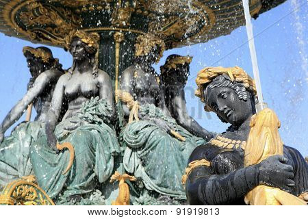 Famous Fountain In Place De La Concorde, Paris.