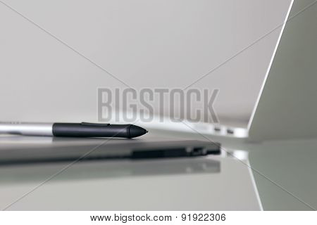 Stylus Pen And Graphic Tablet For Digital Design Work