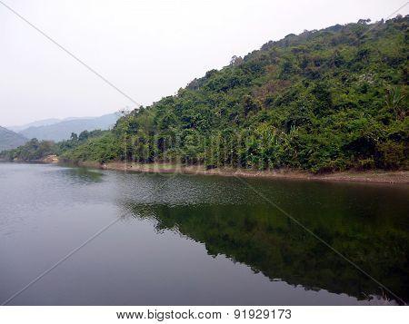 mountain reflection on the lake