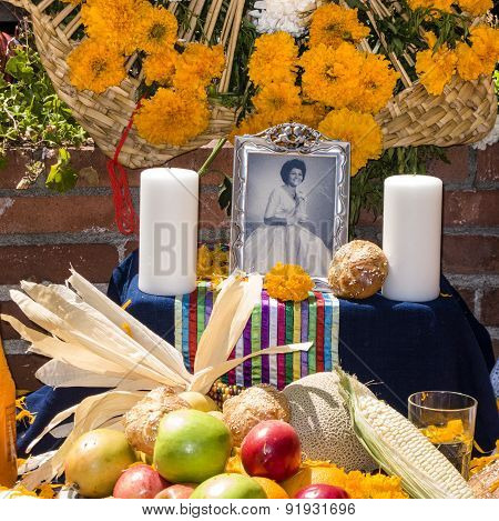 Altar With Photo Of The Dead Person At Olvera Street