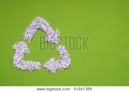 recycled symbol green