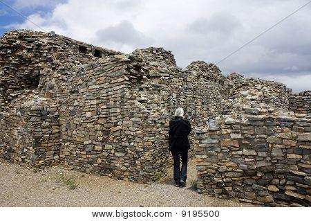 Tourist In Gran Quivira Ruins