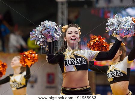 Cheerleaders Dancing
