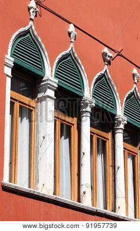 Renaissance Windows in Venice
