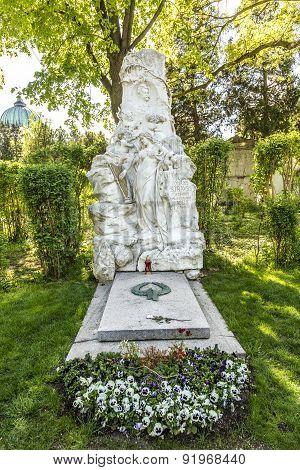 Johann Strauss Memorial In Zentralfriedhof, Vienna