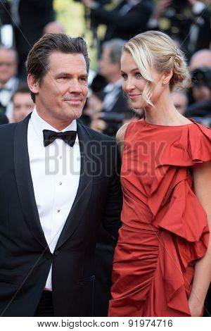 Josh Brolin and Kathryn Boyd attend the 'Sicario' premiere during the 68th annual Cannes Film Festival on May 19, 2015 in Cannes, France.