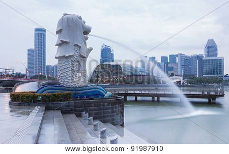 Merlion Singapore skyline with urban buildings