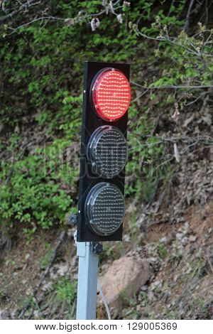 picture of a portable and mobile  traffic light