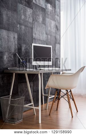 Mind Gets Clearer In This Minimalist Workspace